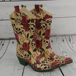 Nature Breeze Skull and Rose Rubber Boots